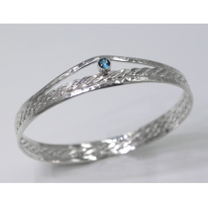 Sterling silver bangle with twist weave centre and tube set London Blue Topaz