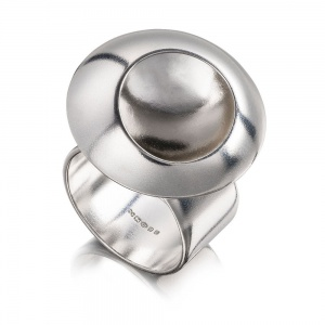 ORBICAL ILLUSION RING