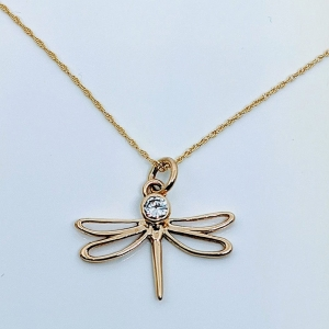 9 carat gold dragonfly pendant