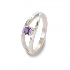 "Sterling Silver Amethyst ""Eye"" Ring"