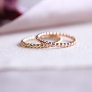 2mm 9ct Solid Gold Pearly Wire Ring