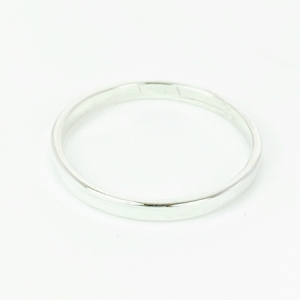 Sterling silver ring, polished, 2mm wide