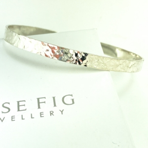 Sterling silver bangle - oval shaped - wide - hammered texture