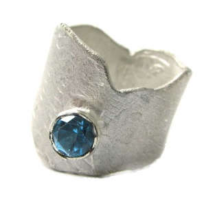 Sculptural Ring with London blue Topaz